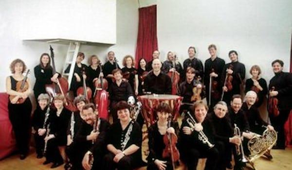 Portsmouth Grammar School Students, Graham Ross, The London Mozart Players, Lara Wassenberg