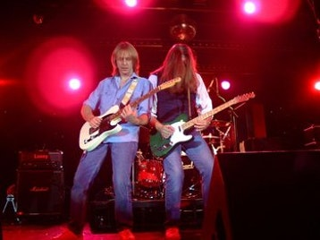Counterfeit Quo picture