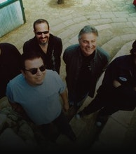Los Lobos artist photo