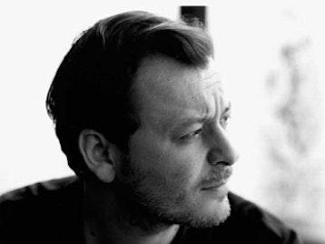 James Dean Bradfield artist photo