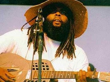 Alvin Youngblood Hart artist photo