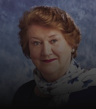Dame Patricia Routledge artist photo