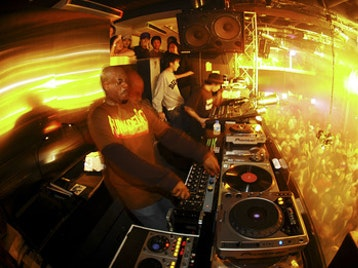 DJ Spen artist photo