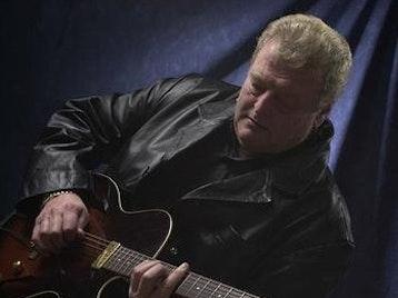 Mick Abrahams artist photo