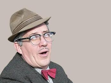 Count Arthur Strong artist photo