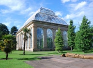 Royal Botanic Garden Edinburgh artist photo