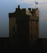 Broughty Castle Museum artist photo