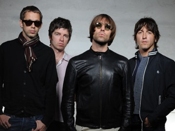 Oasis + Kasabian + The Enemy + The Peth picture