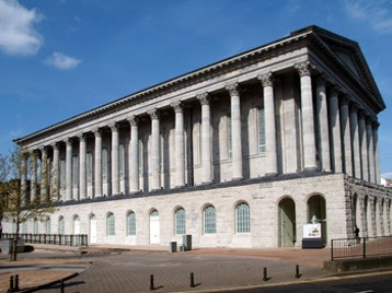 Birmingham Town Hall picture