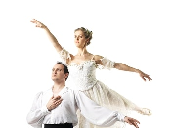 English Youth Ballet - Swan Lake