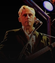 Kirk Brandon artist photo
