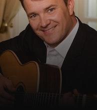 Sean O'Farrell artist photo