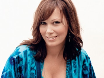 Suzy Bogguss artist photo