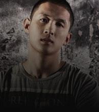 Stevie Hoang artist photo