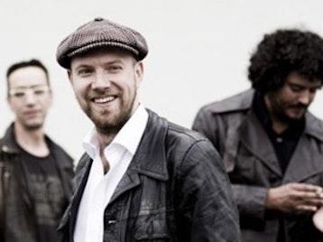 Henrik Freischlader Band picture