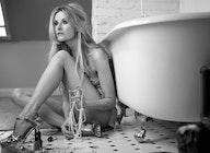 Elizabeth Cook artist photo