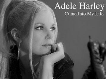 Adele Harley artist photo