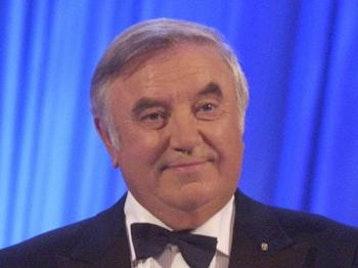 Jimmy Tarbuck OBE artist photo