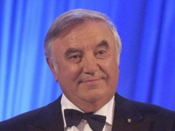 Jimmy Tarbuck OBE artist photo