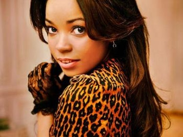 Dionne Bromfield picture