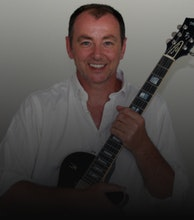 Francis Dunnery artist photo