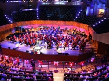 St David's Hall picture