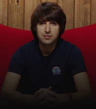 Demetri Martin artist photo
