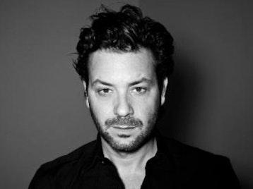 Adam Cohen artist photo
