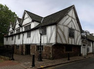 Leicester Guildhall artist photo