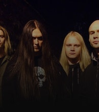 Decapitated artist photo