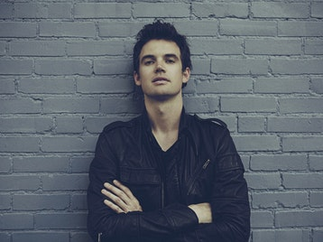 d3e6c60ee1af Get an alert when new Tyler Hilton dates are announced
