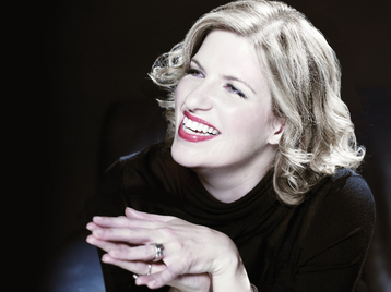 Clare Teal picture