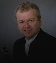 Michael Collins artist photo