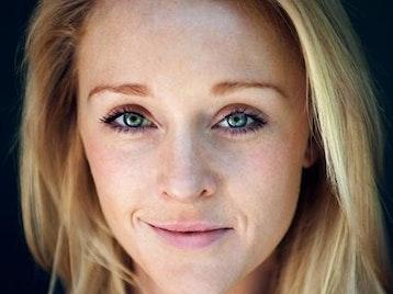 Hannah Grover artist photo