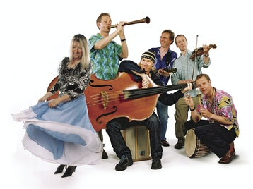 Carols And Capers: Maddy Prior And The Carnival Band picture