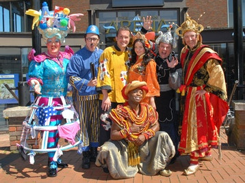 Aladdin: Bob Golding, Kelly Chinery, Phil Gallagher, Shaun Williamson picture