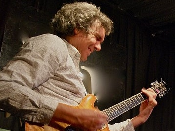 John Etheridge artist photo