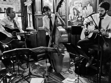 Live Music At Le Cercle: Urban Gypsy Quartet picture