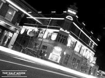 Half Moon Putney picture