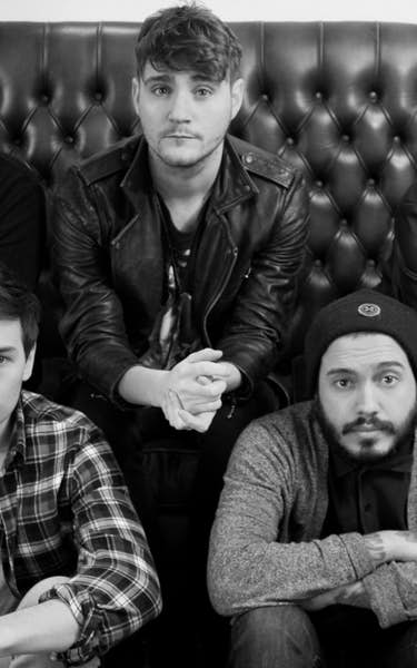 Kids In Glass Houses Tour Dates