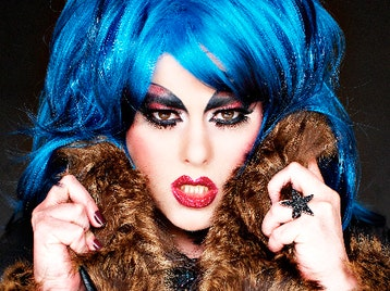Sink The Pink: Jodie Harsh + Holestar picture