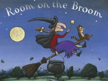 Room On The Broom: Tall Stories Theatre Company picture