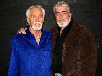 Peter White Sings Kenny Rogers picture