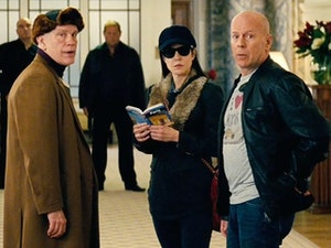 Film promo picture: RED 2