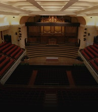Newcastle City Hall artist photo
