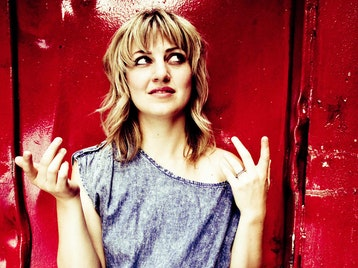 Anais Mitchell picture