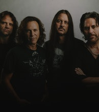 Winger artist photo