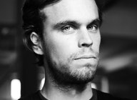 Peter Broderick artist photo