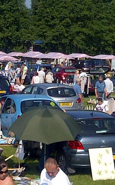 Stonham Barns Sunday Car Boot & Springbreak Custom Car Show