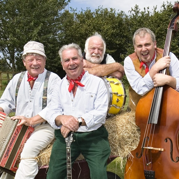 The Wurzels - The Cotswolds Cider Festival